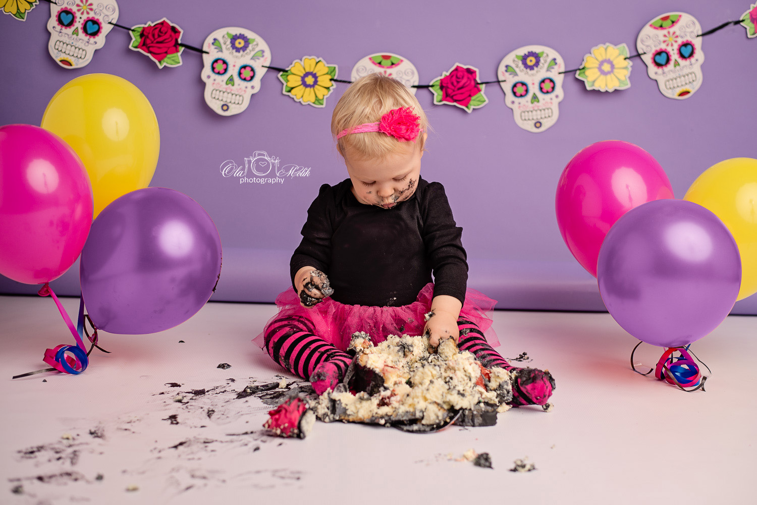 halloween-cake-smash-glasgow-ola-molik-photography-19a