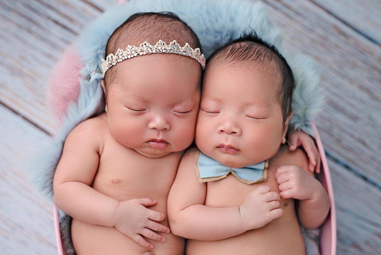 Twins newborn photography Glasgow